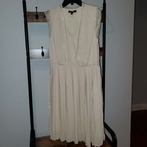 Cream Size 4 Fit and Flare Banana Republic dress